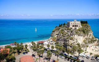 Лучшие курорты италии на море. топ-6
